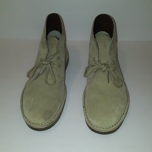 Clarks Suede Bushare Size 9 Casual Shoe